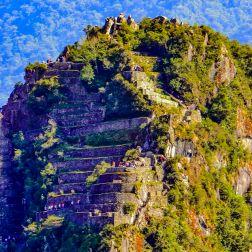 Cima del Huayna Picchu. Hoy en día, el acceso es limitado, solo durante las mañanas y en cantidades reducidas.