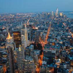 Una toma abierta de los edificios cercanos al Empire State en el Midtown.