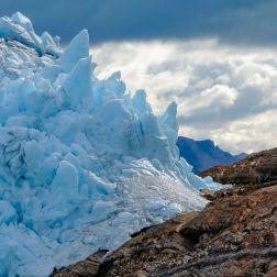 El punto de encuentro entre el Glaciar Perito Moreno y tierra firme.