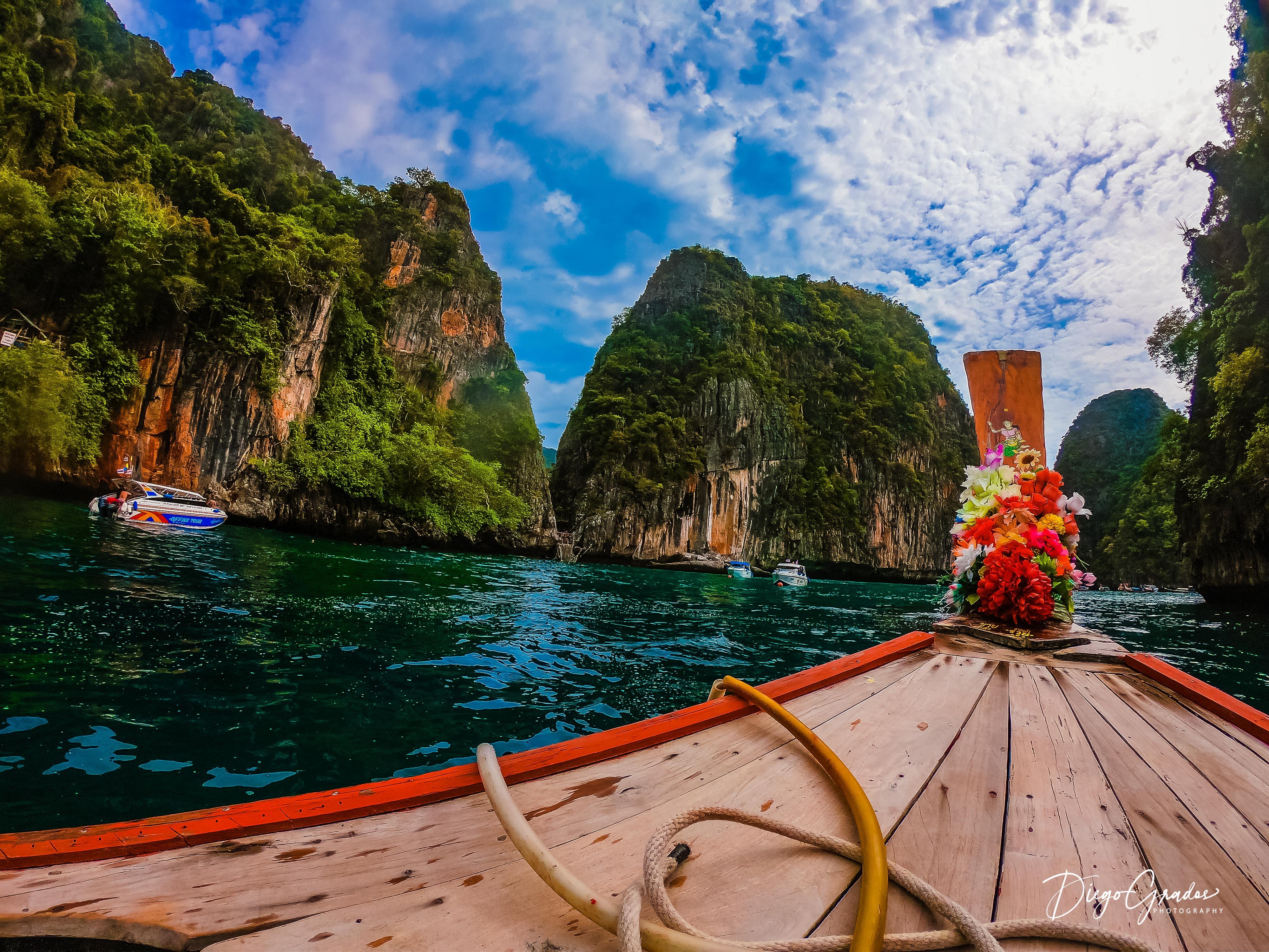 Loh Samay Bay